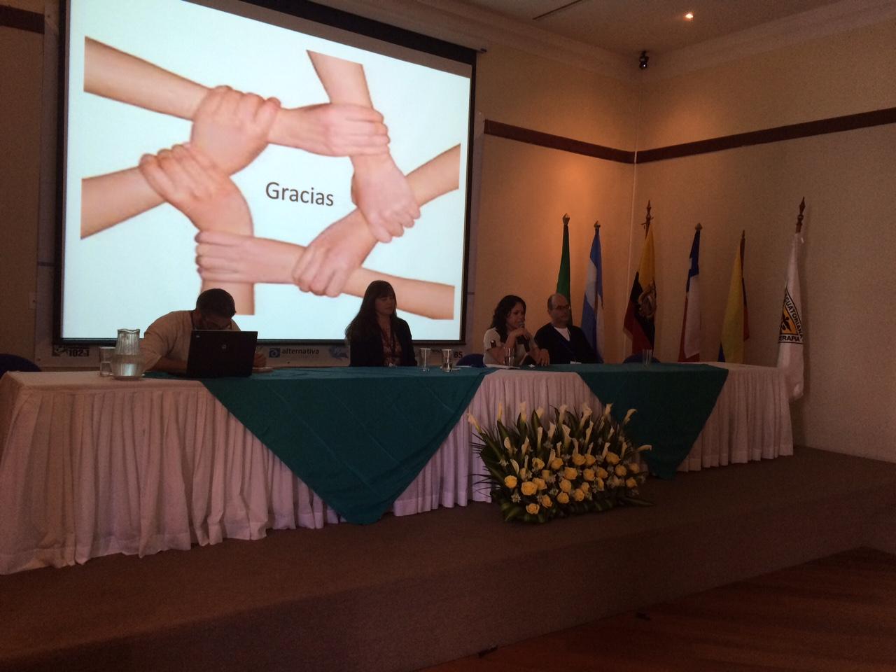 """CONGRESO NACIONAL E INTERNACIONAL DE FISIOTERAPIA """"ECUADOR 2014"""